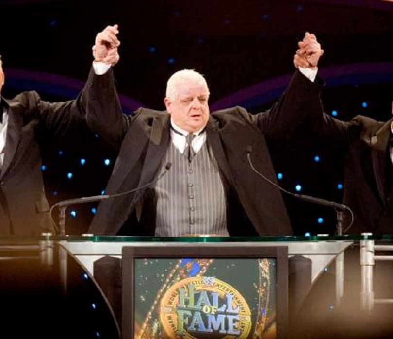 dusty-rhodes-being-inducted-in-the-wwe-hall-of-fame