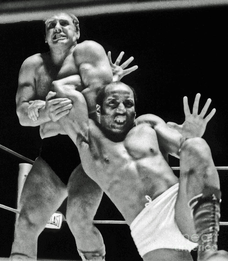 old-school-wrestling-arm-lock-by-tony-rocco-on-sir-earl-maynard-jim-fitzpatrick