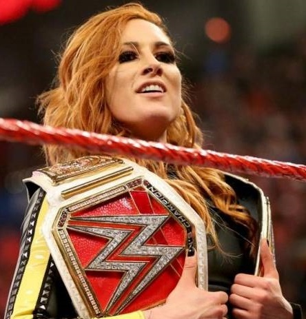 WWE - BECKY 2 BELTS
