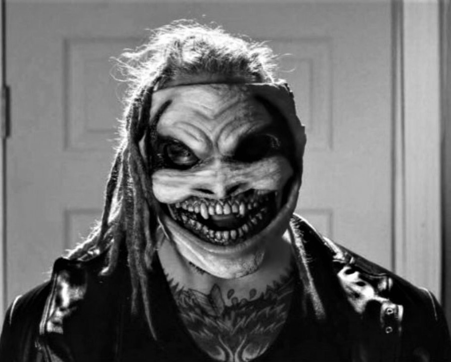 bray-wyatt-clown-mask-1170936-1280x0